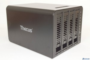thecus-n4310-unboxing-review_014