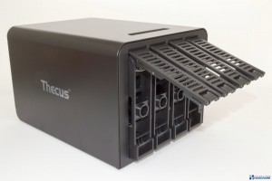 thecus-n4310-unboxing-review_022