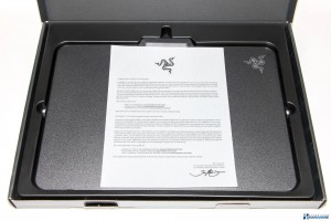 RAZER FIREFLY REVIEW UNBOXING_003