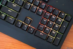 RAZER BLACKWIDOW CHROMA REVIEW_008