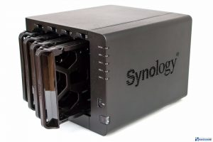 SYNOLOGY DISKSTATION DS416 REVIEW UNBOXING_015